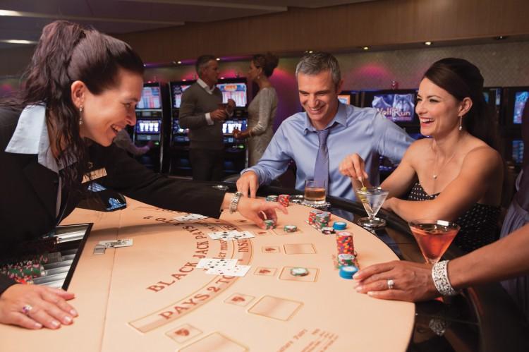 13-493-seabourn-23-casino-005122cn
