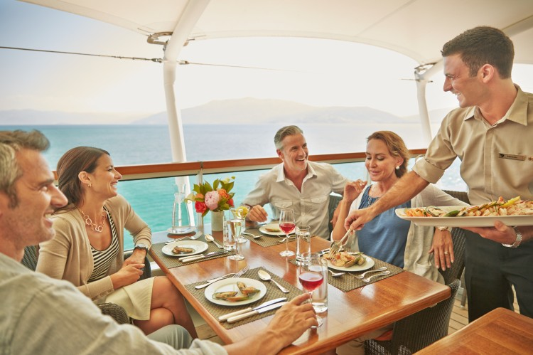 sbn13-493-seabourn-73-colonadepatiogroup-011847cn-rev01