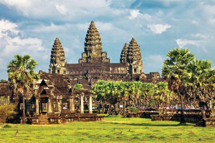 Scenic River Cruise Angkor Wat