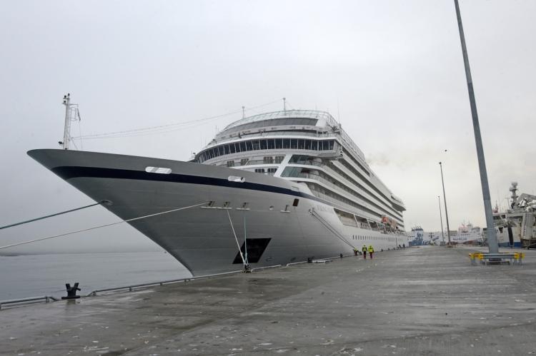 Viking Star Lerwick Mair's Pier