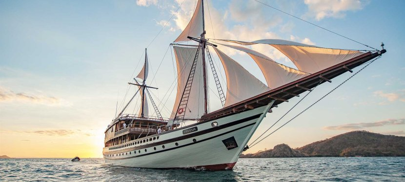 Prana by Atzaro: Indonesian Island-Hop on the Ultimate Phinisi Super-Yacht