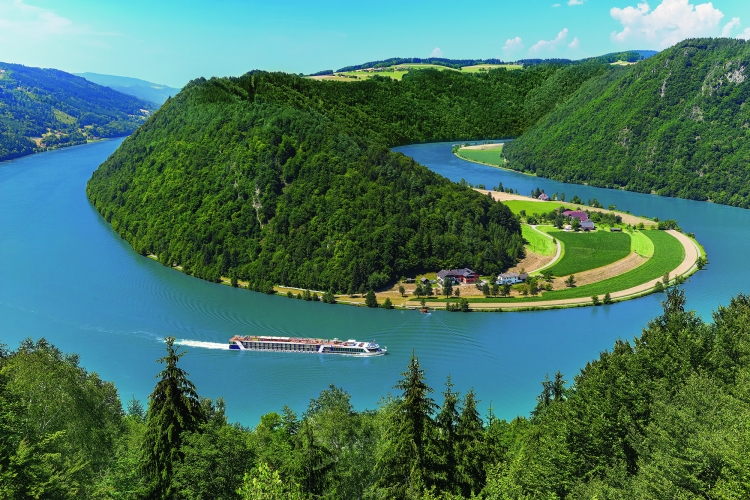 Danube Golf Cruise